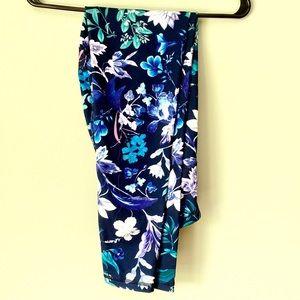 Old Navy Purple Navy Floral Go Dry Active Leggings
